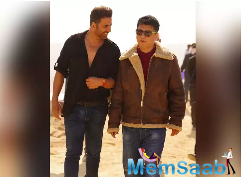Akshay Kumar snapped in a rugged avatar on the sets of 'Bachchan Pandey'
