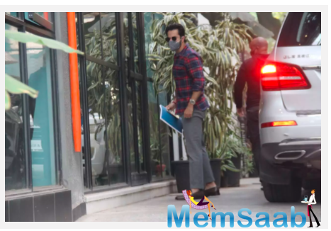 Is Varun Dhawan working on a new film? Actor spotted with a script at production house office