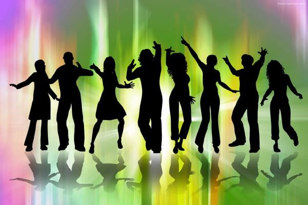 5 Reasons Why Everyone Should Dance!