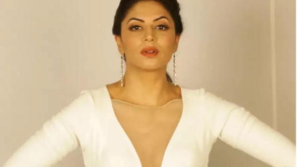Why did Kavita Kaushik Quit Bigg Boss 14?