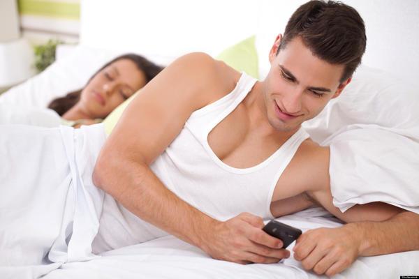 Relationship Between Cheating & Finances
