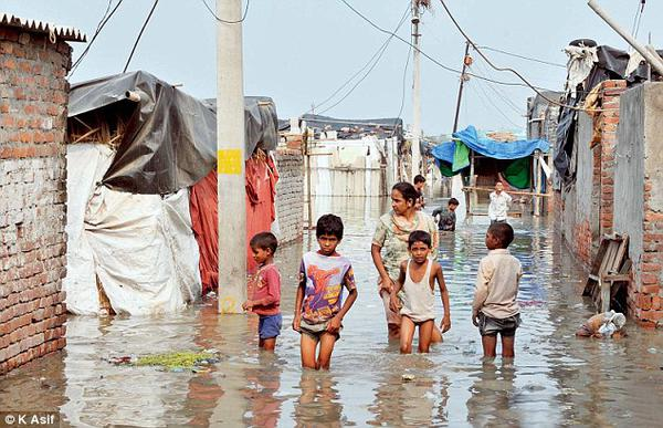 How To Protect Your Kids From Monsoon Illnesses
