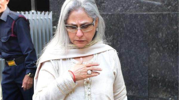 Twitter Schools Jaya Bachchan on Her Regressive Views!
