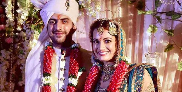 Dia Mirza Announces Split from Husband