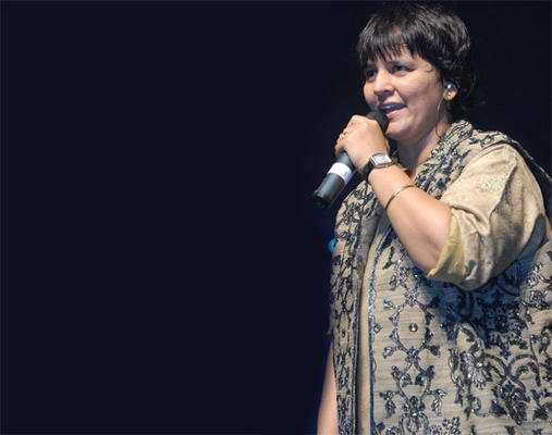 Falguni Pathak Is The Dandiya Queen Once Again!