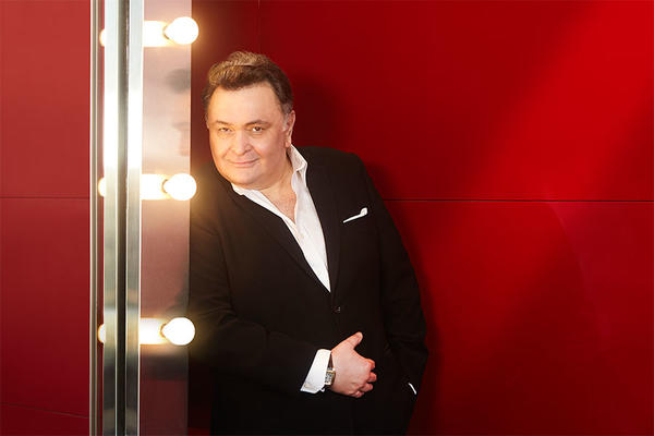 What Does Rishi Kapoor's Tweet for Female Cricketers Say About Male Mentality?