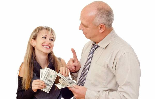 Should You Loan Money To Family?