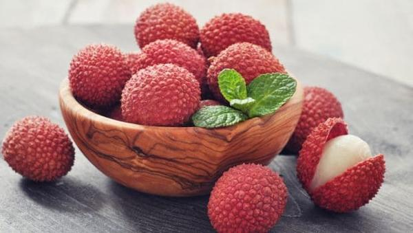 Is it Safe to Eat the Delicious Litchi Fruit