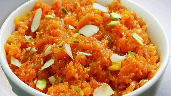 Yummy Gajar Ka Halwa - Make it Yourself!