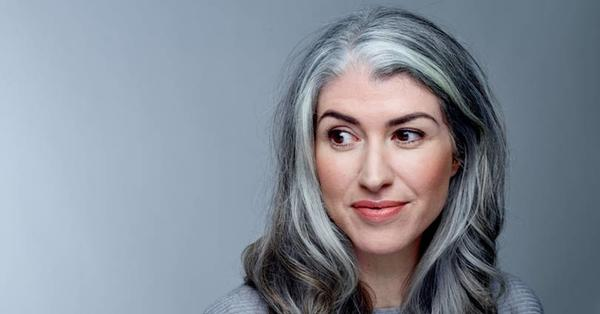 Reasons Why Our Hair is Greying Much Earlier than our Parents'