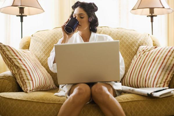 Challenges that people feel who work from home place
