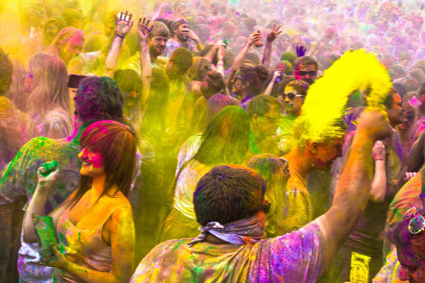 Say No To Skin And Hair Problems After Holi