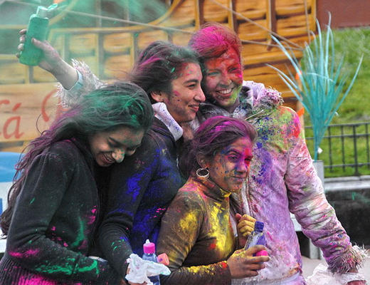 How To Get Rid Of Holi Colours