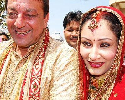 """Samjho Ho Hi Gaya"" Munna Bhai Gets Married"