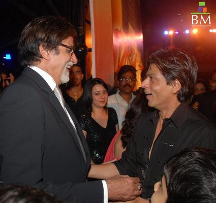 Will Big B lend his voice for RAOne?
