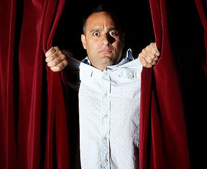 Russell Peters should be caned in Public - Bollywood Fans