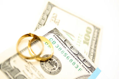 Is Money Ruining Your Marriage? (1)