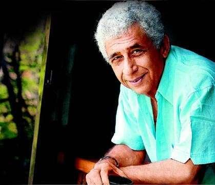AB's Rejects In Naseeruddin's Lap!