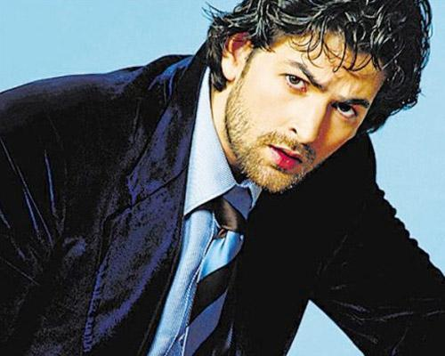 Neil Nitin Mukesh Does The Full Monty!