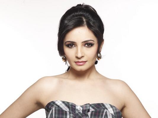 Bigg Boss 5 Update: Shonali Nagrani to co-host New Year's Eve Episode