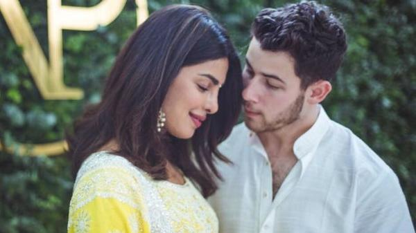 It's Official - Desi Girl is Now Mrs Jonas!