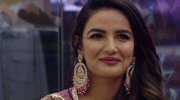 BB14 House in Tears as Jasmin Bhasin Leaves