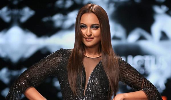Sonakshi Sinha Set to Make Her Digital Debut With a Crime Series