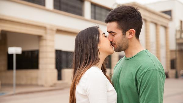 How To Be A Better Kisser?