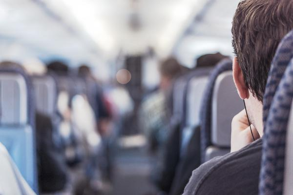 Tips For Relaxing Long Flights