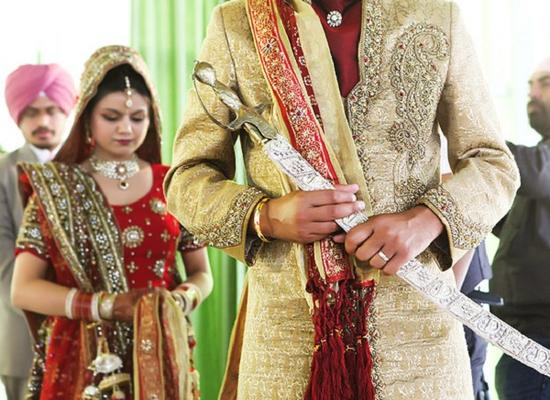 Are There Any Advantages To Getting Married Early?