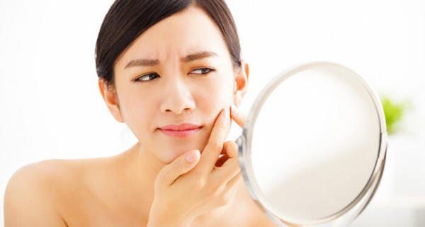 How to Protect Your Skin from Acne in the Hot and Humid Weather?