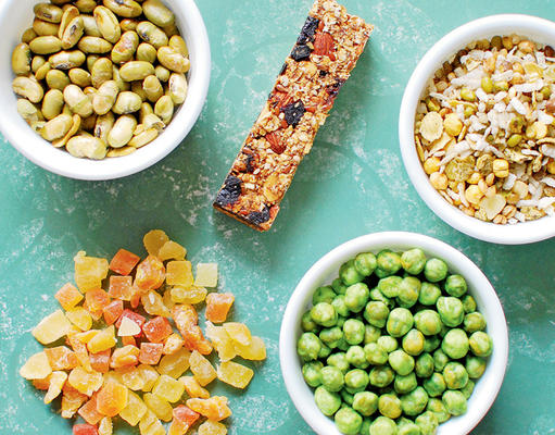 Offer These Healthy Snacks to Your Guests in the Festive Season
