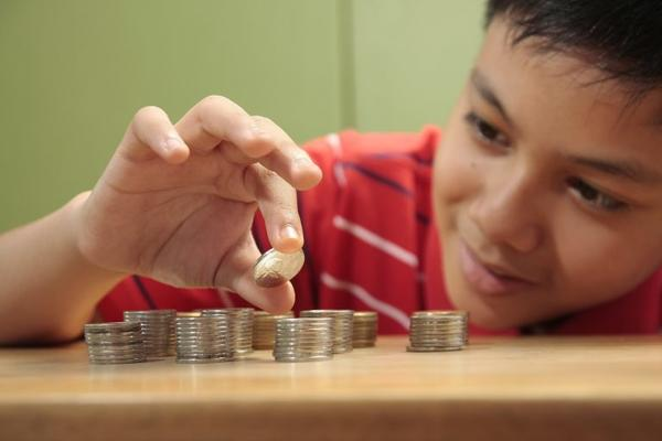 How to Teach Your Kids the Value of Money?