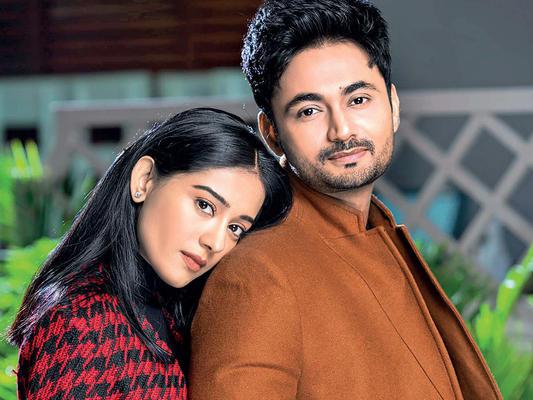 After Anita Hassanandani, Amrita Rao Announces Pregnancy