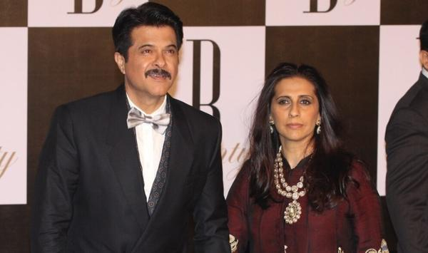 Guess Why Anil Kapoor Once Fell at Sunita's Feet?