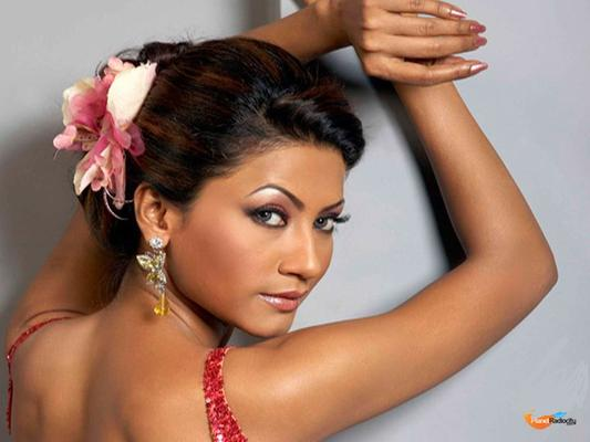 Nigaar Khan All Set To Scorch The Bigg Boss House