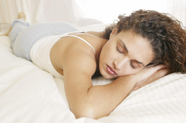 You May Be Gaining Weight Because of Less Sleep!