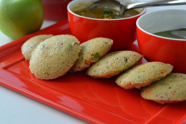 Yummy Oats Idli Recipe