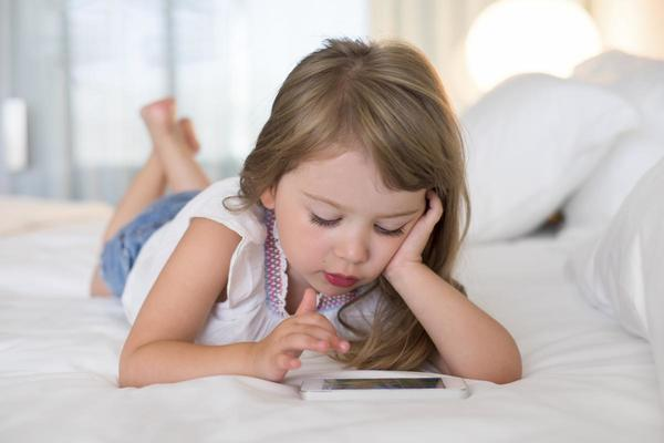Is Your Child Really Ready for a Cellphone/Smartphone?