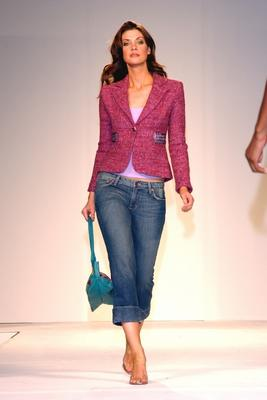 How To Dress Up Your Old Jeans