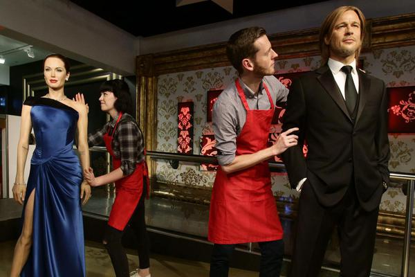 Pitt and Jolie Separated by Madame Tussauds