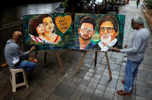 India Prays for Bollywood Bigwigs As They Fight CoronaVirus!