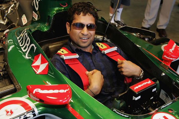 Tendulkar to Flag Off to end the F1 race.