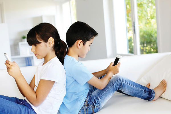 Reduce the Screen Time of Your Family