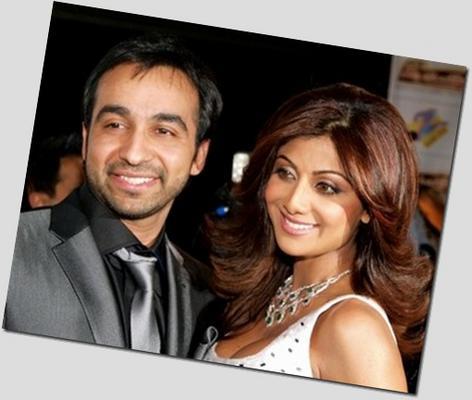 Shilpa & Raj Kundra Welcome A Baby!