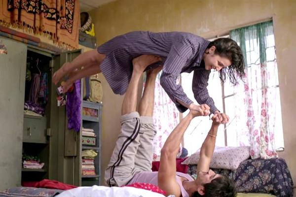 Shuddh Desi Romance - Review
