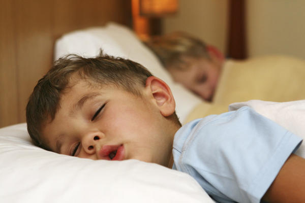 Tips to Make Bedtime Smooth and Easy for Little Kids