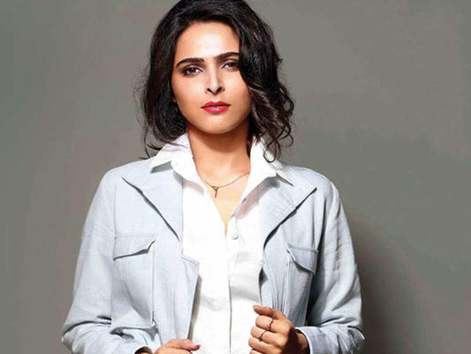 BB13 - Who is Madhurima Tuli?
