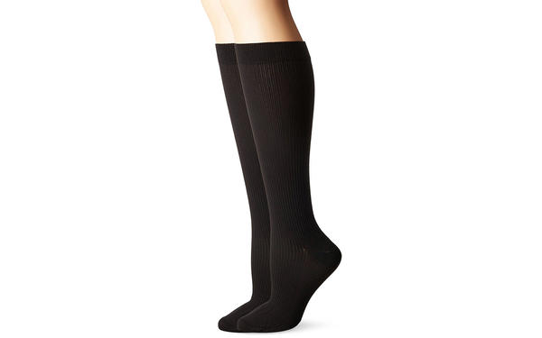 What are Compression Socks and How do they Help People?