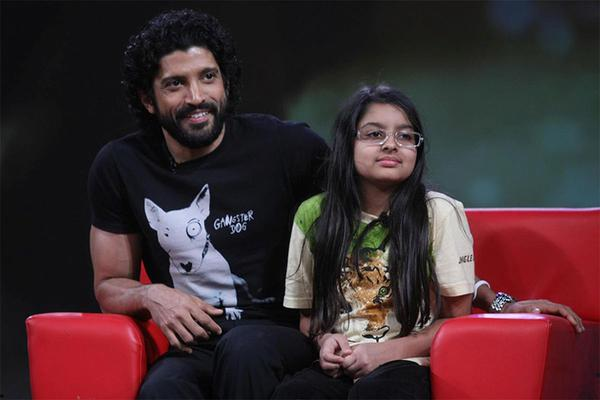 After Bachchan, Now Farhan Writes a Letter to his Daughter!